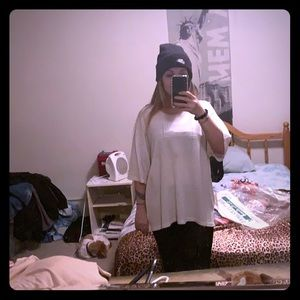 White 2X uniti casuals sweater never worn